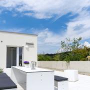 mainHAUS - Häuser: Cubushaus Beispiel Dachterrasse